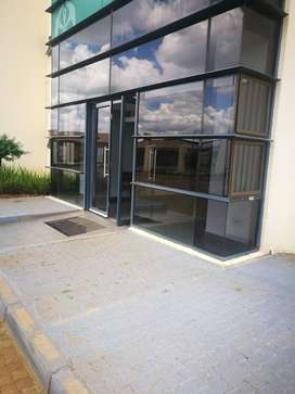 Commercial/Office space to let in Jabulani