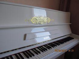Белое пианино Weinbach, PETROF (не рояль, но фортепиано)