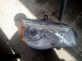 Chrysler town and country  right head lamp
