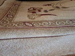 Продам персидский ковёр большой и красивый за хорошую цену.