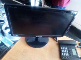 Samsung computer screen only for R500