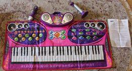 Продам Игровой коврик Touch&Play Пианино-Караоке