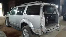 Nissan pathfinder stripping