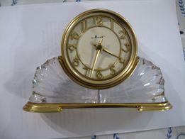 Часы механические настольно-каминные «МАЯК»