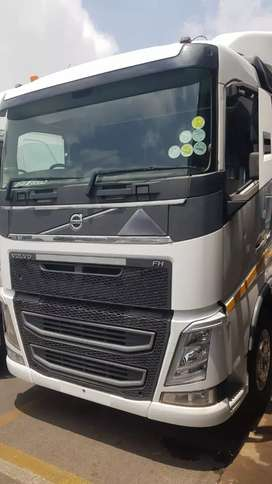 2016 Volvo FH520   R895 000 EXCL VAT $ 61 000 in (SA)