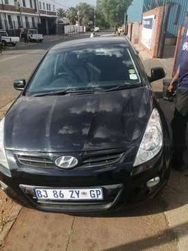 Selling Hyundai i20 at a very reasonable price. Serious people only!