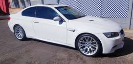 2011 bmw m3 mdct e92 coupe with low km and sunroof R369000