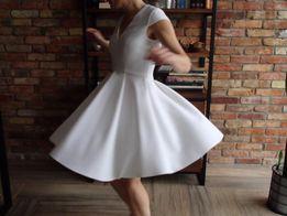 Biała koktajlowa sukienka PINKO z kr. rękawem, ślub, komunia, chrzest