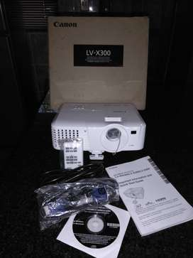 Canon Projector SV-X300