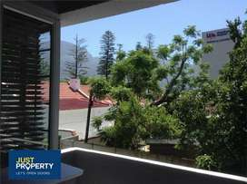 CLAREMONT: FULLY FURNISHED ROOM AVAILABLE TO RENT IN FLATSHARE