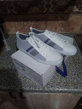 Mens Sneakers - Size 8