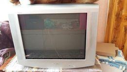 Телевизор Sony с плоским экраном, большой