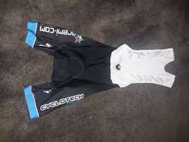 Bicycle clothes