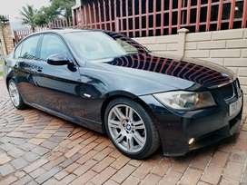 2007 BMW 323i M Sport Manual (One Owner)