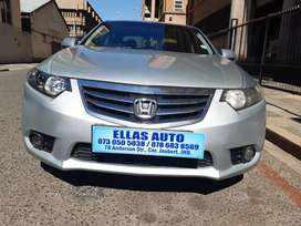 Pre Owned 2012 Honda Accord 2.0 A/T