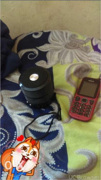 Original Nokia dual sim and mini bluetooth speakers for sale. 0