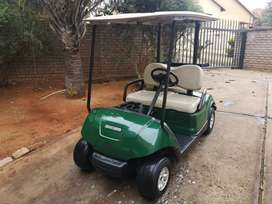 Yamaha petrol Golfcart 2011 and trailer for sale