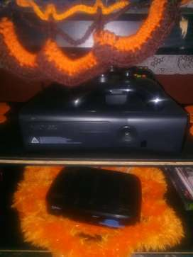 Selling Xbox 360 almost brand new