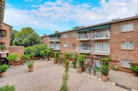 Apartment to share (Woodmead)