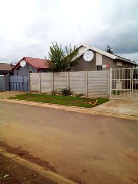 #Property to rent in Sky City