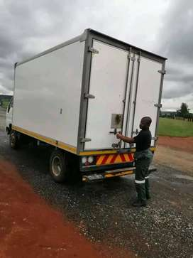 Trucks and bikkie for hire any tymi