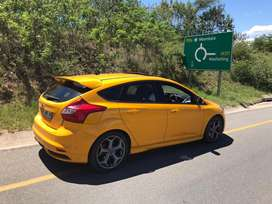 Ford Focus ST3 2013 model . Very neat