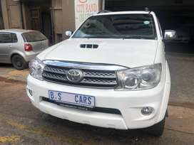 TOYOTA FORTUNER 3.0 D4D 4X2