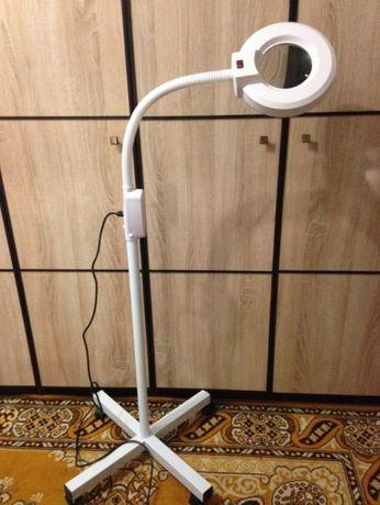 Профессиональная лампа-лупа LED на колесах 5 диоптрий, 26W