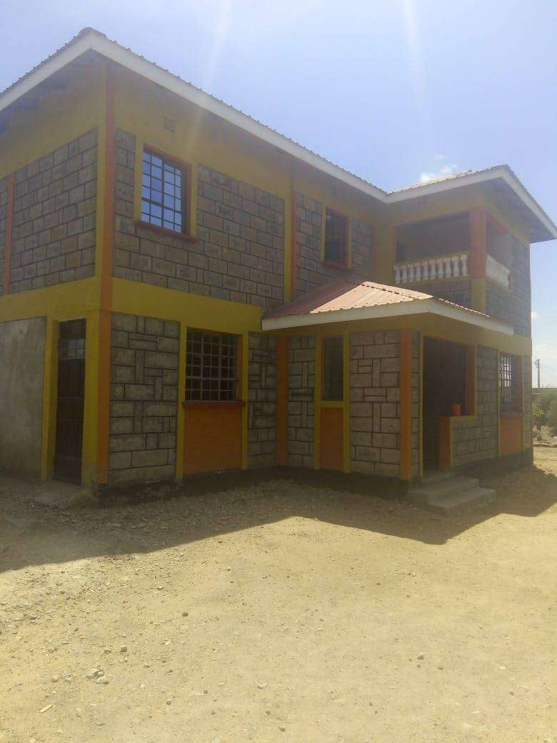4 bedroom House for sale 0