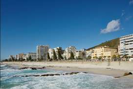 Sea Facing Timeshare Apartment in Sea Point, Cape Town for December 21