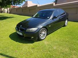 2011 BMW f30 320i 3 series with a Sunroof  for sale full house