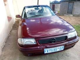 Opel astra in good running condition at  Nquthu