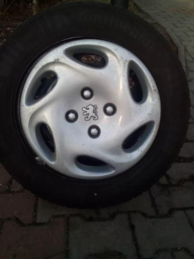 Letni pneu na peugeot 0