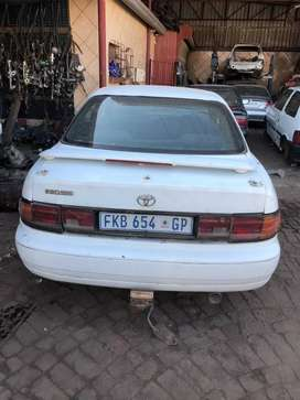 Toyota Camry 220SEI stripping for spare parts