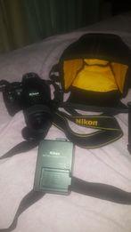 Продам.Фотокамера со сменным объективом Nikon D3100