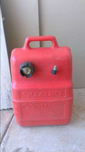 Suzuki Petrol can for Outboard motor