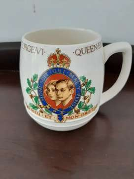1937 coronation mug King George and Queen Elizabeth