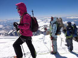 Школа альпинизма восхождение Эльбрус Монблан Казбек гид Безенги туризм