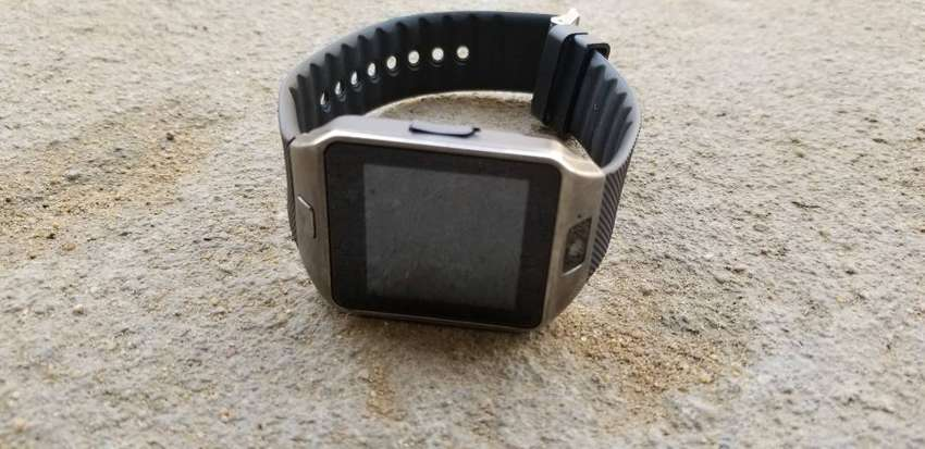 Smart watches 0