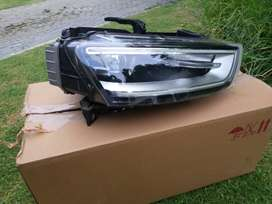 2013 AUDI Q3 RIGHT HAND SIDE HEAD LIGHT FOR SALE WITH CONTROL MODULES