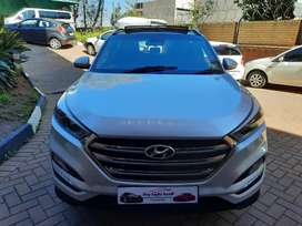 2018 Hyundai Tucson 2.0 CRDi with leather seats and sunroof