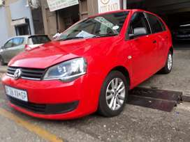 Volkswagen polo vivo 1.4 R87000 negotiable