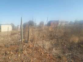 1000 sqm stand next to the road in Tswinga (two in one)