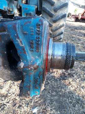 Ford 6610 4X4 APL335 zf diff