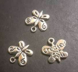 VINTAGE BUTTERFLY CHARMS PENDANT