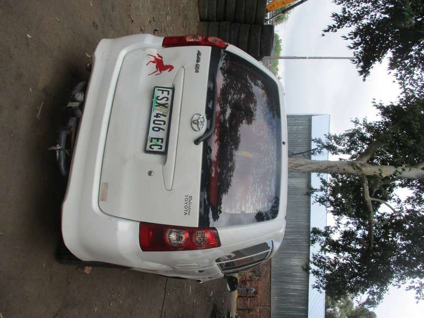 Toyota AVANZA Braking for Spares 0