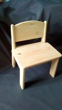 Зручний стільчик для низької роботи. Дерево. Ручна робота.