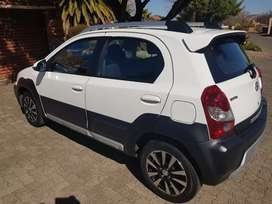 Toyota Etios Cross 2018 one owner full service record