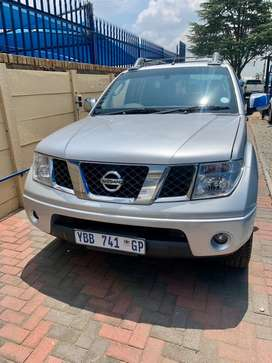 Nissan Navara Diesel Automatic for sale