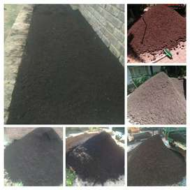 Top soil for sale R1100 for 2m3 delivered